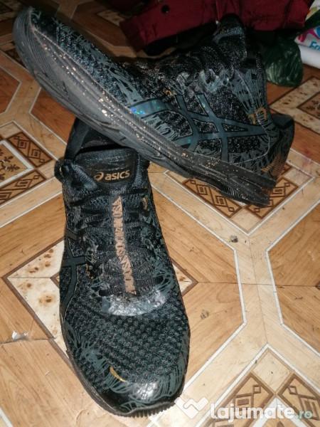 Transeúnte Conclusión intermitente  Adidas asics 46, 155 lei - Lajumate.ro
