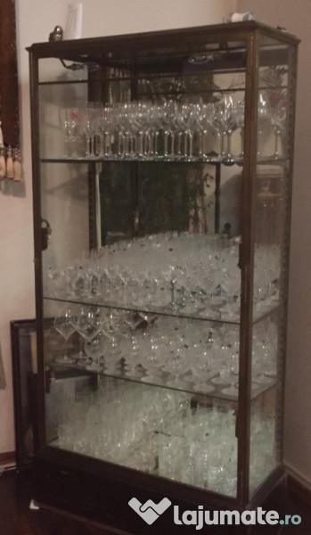 sticlă antică dating)