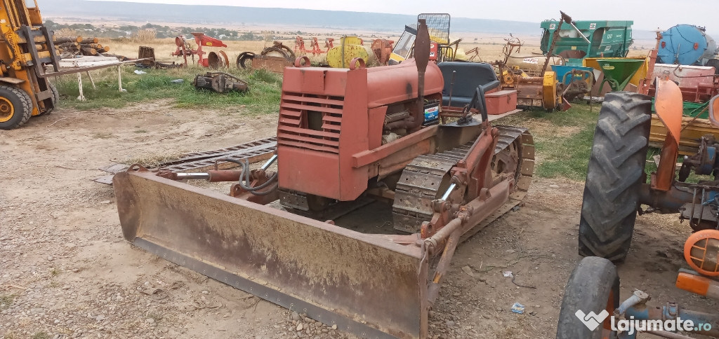 Tractor fiat 411 senilat