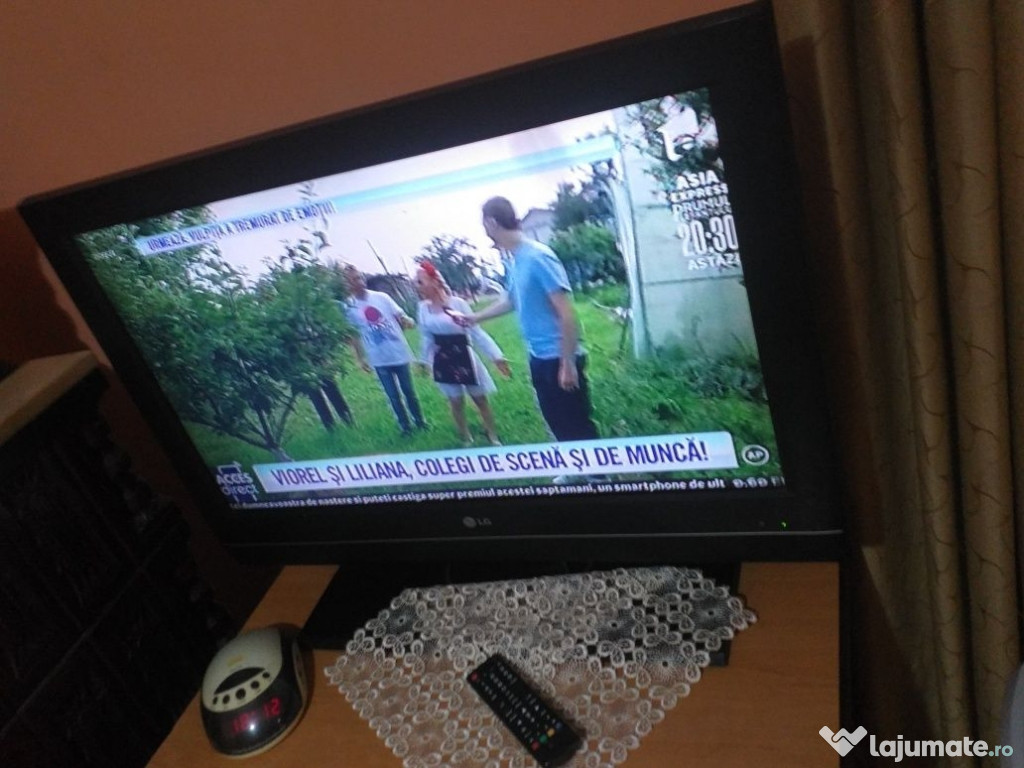 Tv lcd LG Full HD diagonala 81cm stare impecabilă