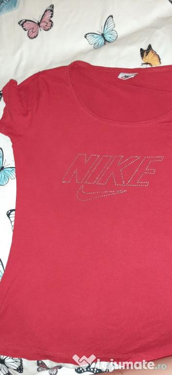 Tricou roșu Nike