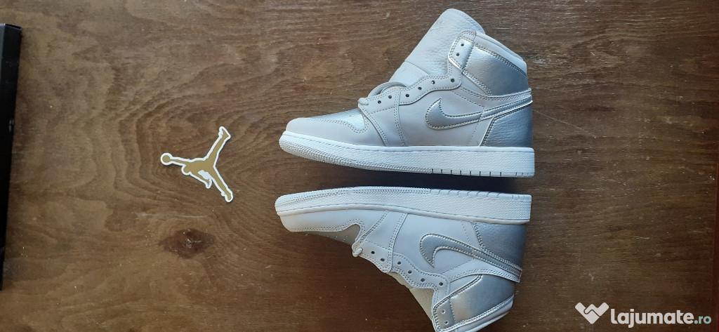 Air Jordan 1 Retro neutral grey/metallic silver-white 39 EU