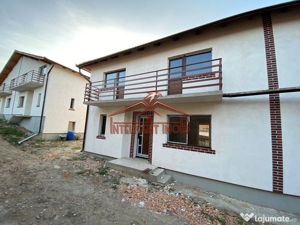 Casa/duplex cu 4 camere in Sura Mica judet Sibiu
