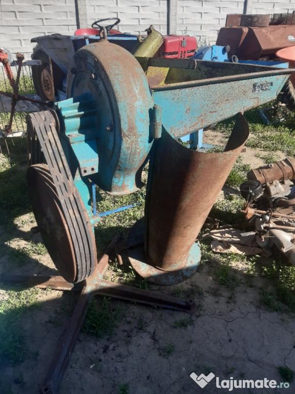 Moară tractor
