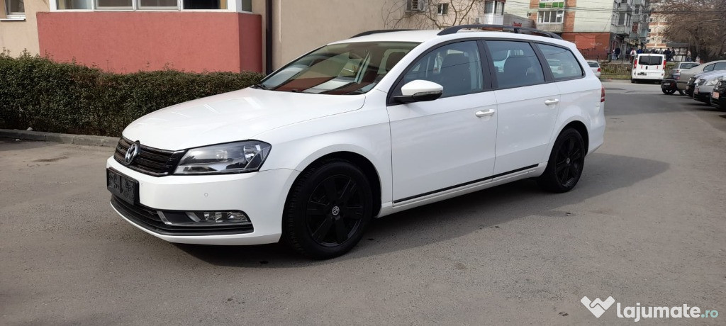 VW Passat 1.6 TDI Bluemotion 105 Cp 2014 Break Alb 5 locuri