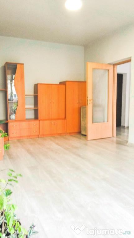 Apartament 1 cam spatios, etaj optim Velenta Razboieni