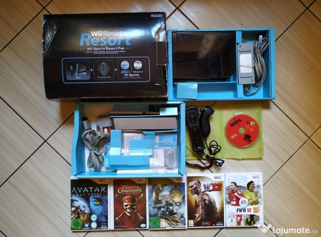 Consola Wii in cutia originala, accesorii originale & jocuri