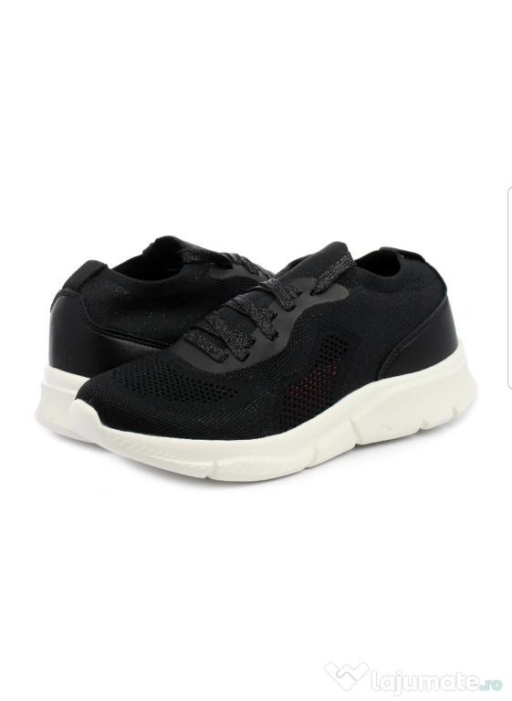 Sneakers/Adidași Lumberjeack, negrii, damă, tricot.