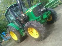 Tractor john deere 6220, an fabricatie 2005