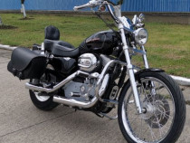 Motocicleta Harley davidson sportster 883