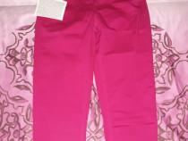 Pantaloni 3/4 roz
