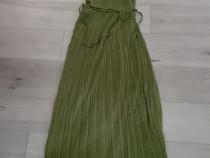 Rochie verde plisată