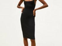 Rochie neagra cu structura Zara