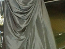 Rochie din tafta neagra din Anglia