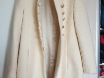 Palton de lână elegant lungime medie