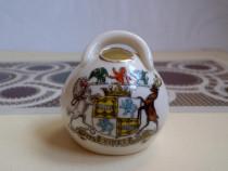 Vechi bol de sare miniatural, colecţii celebre