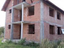 Casa la rosu cu toate utilitatile asfalt Str. Barbu Catargiu