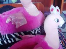 Papuci de casa si cadou o perna cu pasarea flamingo nr 36
