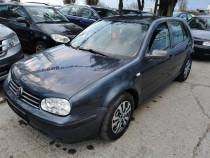 VW Golf 4 Diesel 1.9-Break-manual-clima-Finantare rate