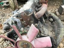 Dezmembrez motor UTB 55 cai