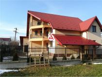 Casa tip vila (s/p/et.1/m) cu garaj si gradina