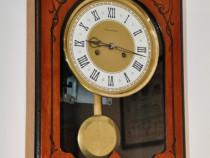 Ceas de perete cu pendula Iantar - USSR