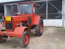Tractor U650 + plug pp3