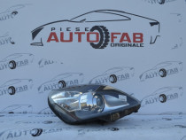 Far dreapta Opel Zafira B Facelift Bixenon 2008-2011