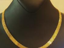 Colier deosebit din aur