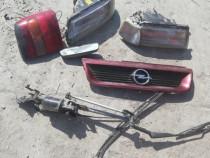 Grila ansamblu stergatoare motoras Opel Vectra A