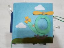 Carte senzoriala fetru pentru copii handmade