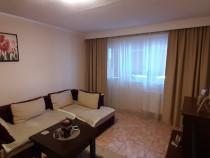 Apartament trei camere decomandat-Casa de Cultura