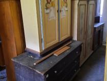 Depozit mobila din lemn masiv