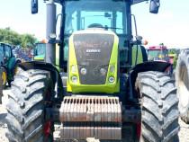 Tractor CLAAS AXION 840
