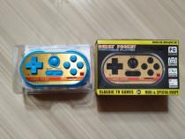 Mini consola cu 20 de jocuri clasice: Mario, Tetris, etc.