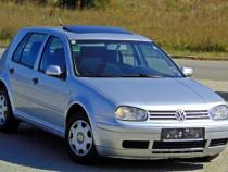 VW Golf IV EURO 4 an 2002, 1.4 16V (Benzina) AXP,Clima,Trapa
