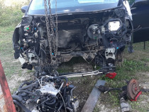 Dezmembrez Peugeot 807 1997cmc HDI