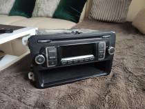 Radio cd Mp3 rcd 210 volkswagen golf 5 / 6 , passat B6 , B7