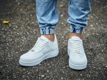 Adidasi Nike AirForce