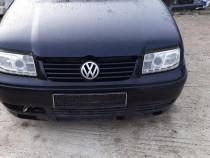 Faruri pentru Volkswagen Bora cu lumini de zi 09.1998-7.2005