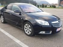 Opel insignia. benzina