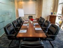 Masa conferinta + scaune