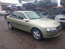Dezmembrez Opel Vectra B 2.0 16v An 2000