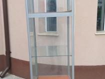 Vitrina din sticla cu led-uri - utilizat