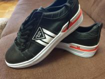 Pantofi sport de firmă nr 40