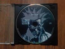 Cd original cu muzică R&B