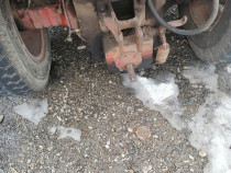 Dezmembrez tractor 650