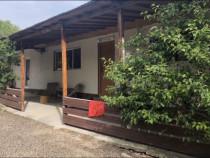 Casa mobilată