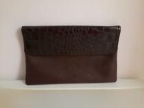 Plic gentuta geanta maro model piele de crocodil lac - Nou