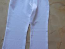 Pantaloni pentru fetite de 8 - 9 ani